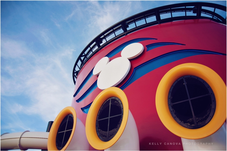 002_Disney Fantasy Cruise Wedding Photographers_Kelly_Canova_Photography